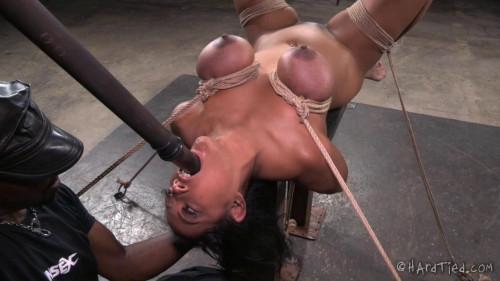 Maxine x bondage facefuck