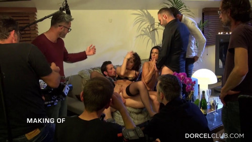 behind the scenes of diary Public sex