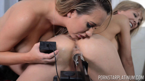 Brett Rossi, Cherie Deville - Fucking Machine, A Introduction! (2018) Sex Machines