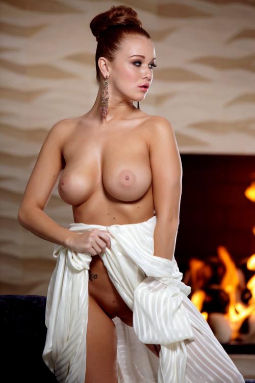 Leanna Decker porn photo