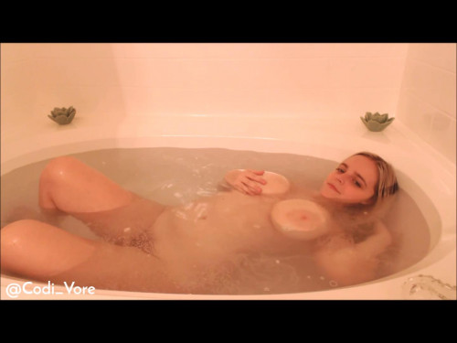 Codi Vore – Fucking Myself in the Bath Tub