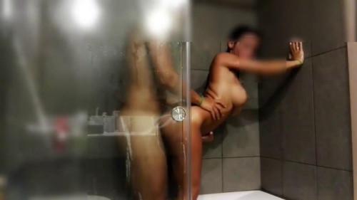 Sex in shower Amateur Porn