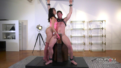 Slave Clone Experiments Femdom and Strapon