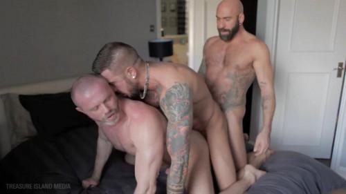 tf - Dolf Dietrich, Drew Sebastian & Freddy Miller (Cum Junkie)