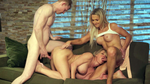 Threesome Kayleigh Coxx, Dee Williams & Rob Yaeger (1080p)