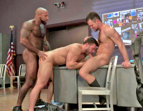 Hot Threesome Daymin Voss, Kurtis Wolfe & Derek Bolt (720p)