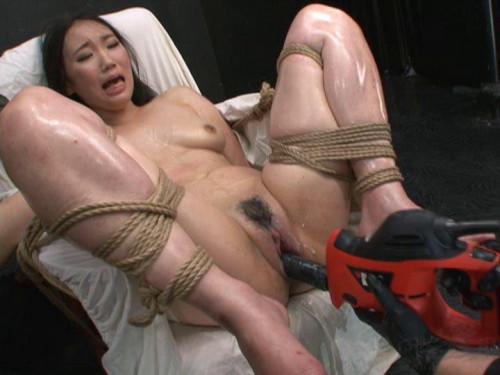Momoi Sanae Oil Bondage Asians BDSM