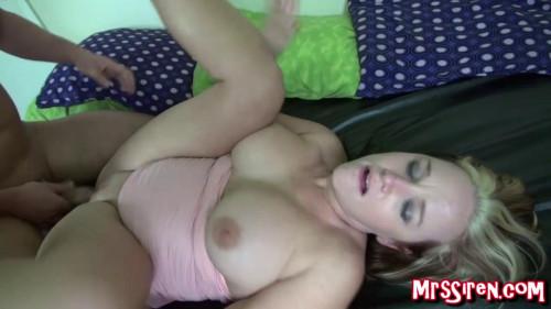 Curvy slutwife satisfied full hd