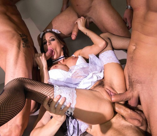 Hot Game Of A Sexy Hottie With A Few Guys