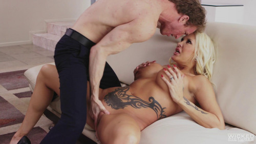 Axel Brauns Busty Hotwives Scene 3 Blondes