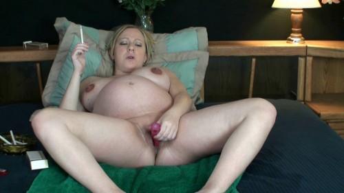 Pregnant Morgan Still Horny As Hell (2014)