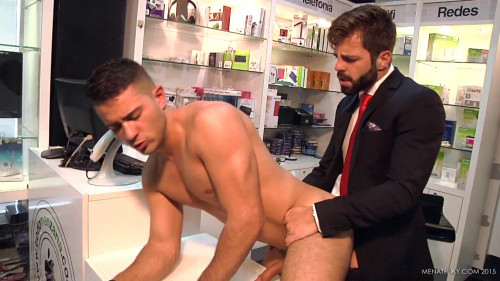 Hands Tied (Hector de Silva, Robbie Rojo)