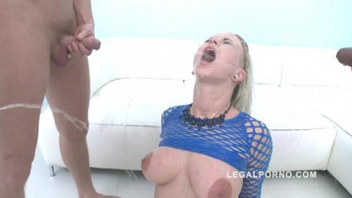 Licky Lex - Piss  slut Licky Lex got DAPed