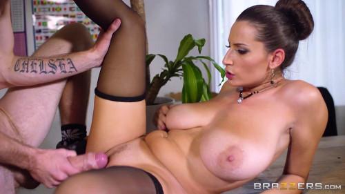 A Student Seduced Slutty Lady Teacher HD Clips