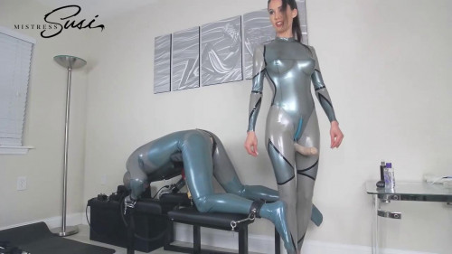 MistressSusi - Venus2000 milking with Feelodoe Fucking Webcamshow Femdom and Strapon