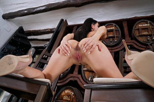 Sexy Lexa porn photo