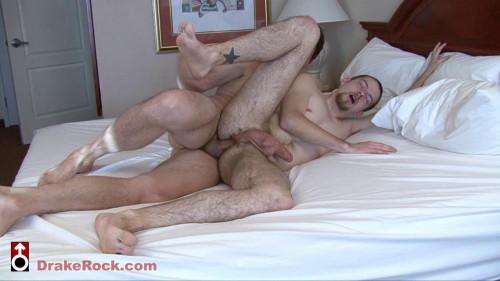 Drake Rock fucks Jack Jagger's asshole 720p [Gays,Drake Rock,creampie,internal cumshot,anal]