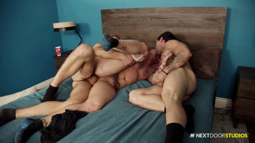 Hot 3some Aspen, Lance Ford and Dante Colle (720p,1080p) [Gays,Aspen,Doggy Style,Brunette,Feet]