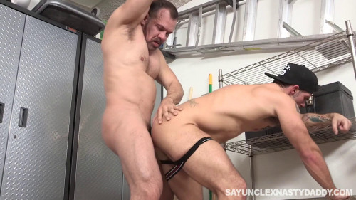 ND - Aarin Asker, Max Sargent - Sargent Daddy