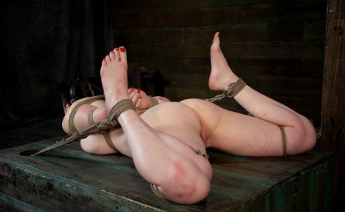 Luxurious body ready for torture
