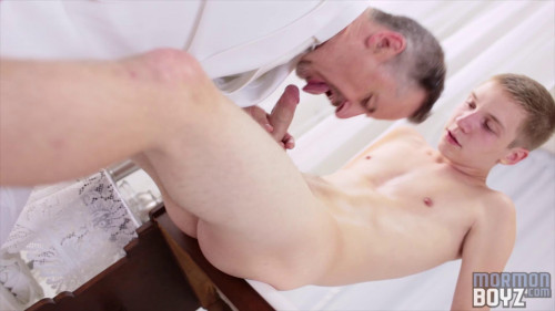 Hot Mormon missionaries part 1 [2014,Gays,MormonBoyz,Masturbation,Group,Young Men]