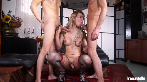 Hot Tranny Caught In The Middle of Two Rods
