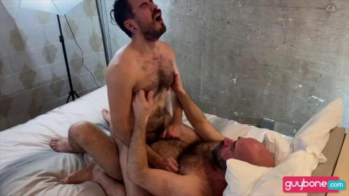 GB - Damon Andros Tops Adam Surge Raw