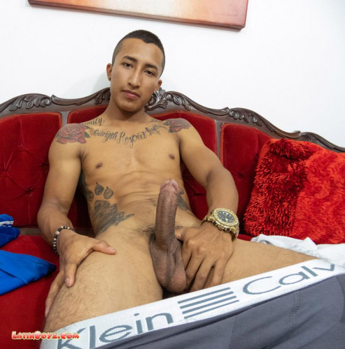 LB - Nude Latin Men with Ripped Bodies Geronimo