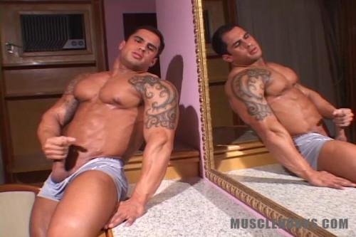 MH - Samuel Vieira - Beef in your Face!