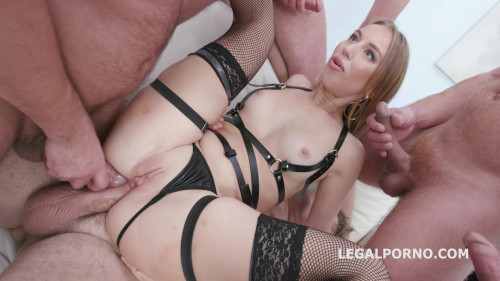 Kira Thorn takes 5 dicks as she wishes HD