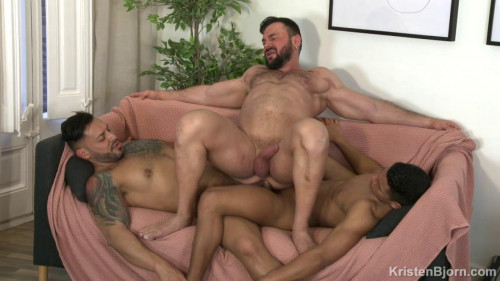 KB - Cocked & Loaded - Cole Keller, Santiago Rodriguez, Viktor Rom (720p)