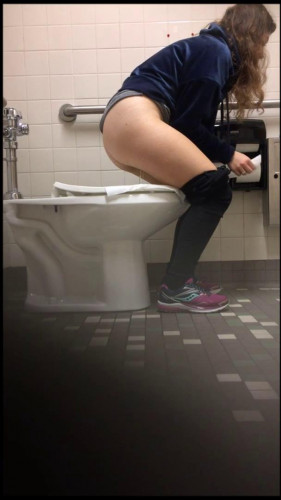 Amateur shooting of pissing women collection 29 Video [Hidden camera]