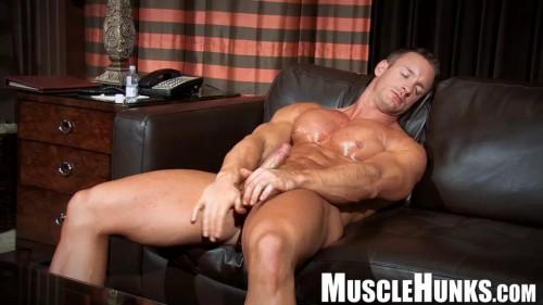 MH - TJ Cummings - Muscle Model's Wood