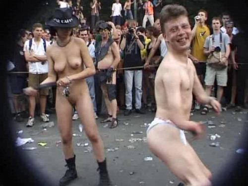 Kit Kat Club at Love Parade [1999,Public sex,sex on the street,facial cumshot,public nudity]