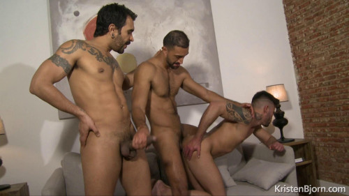 KB - The Chosen - Lucio Saints, Victorio Mendez & Guido Plaza (1080p)
