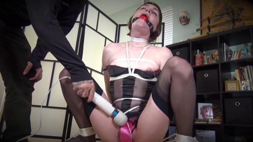 Shinys Bound Sluts - Claire Tenebrarum [BDSM]