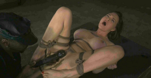 Bossy Bitch , Krissy Lynn , HD 720p