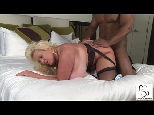 The Best Gold Porn Kaylakleevage Collection part 1 [Mature, MILF,DeepThroat,Group, Old]