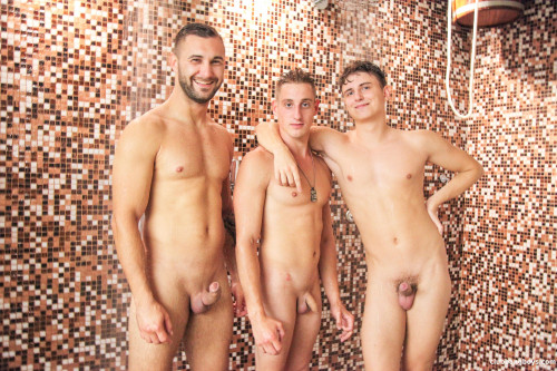 CBB - Bareback threesome in a public wellness spa