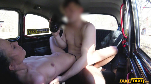 Lucky taxi drivers physio fuck