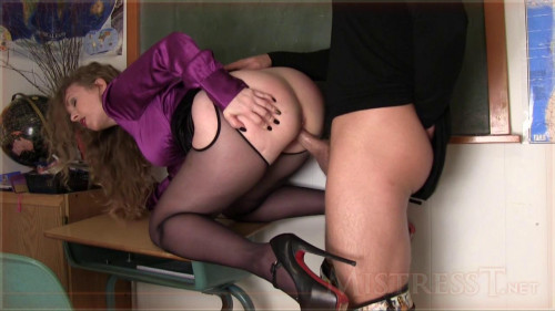 Accept the humiliation of your Mistress-nothingness part 5 [2009,Femdom and Strapon,Mistresst,slave,humiliation,pov]