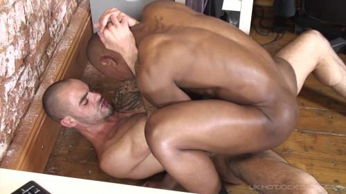 Anal Sex Gay part 1 [2013,Gays,UKHotJocks,Jocks,BlowJob,Masturbation]