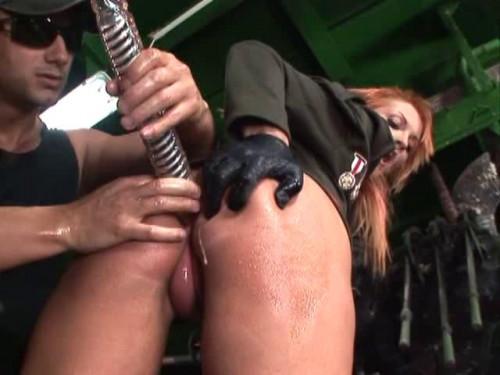 Extraordinary Pump - Bianca