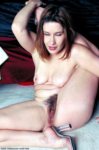 Natural Hairy Girl Pics Set !!! [Porn photo]