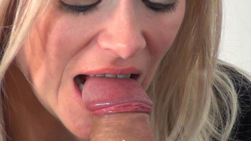Bite the Cum out [2017,Oral,CBTrample,Mistress Alina,Licking,Footjob,Sucking]