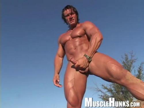MH - Daniel Morocco & Macho Nacho - Tarzan XXL