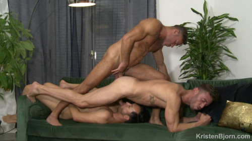 Gian Rey, Manuel Skye and Marcos Oliveira (720p,1080p) [Gays,Gian Rey,Hairy,Interracial,Rimming]