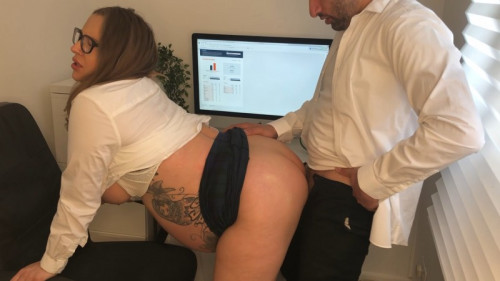 Pregnant And Fucking My Boss