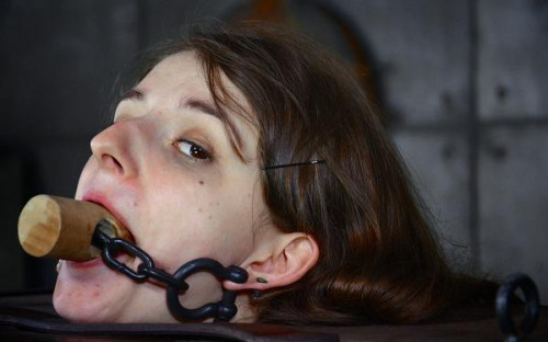 Intense BDSM experience for hot slave