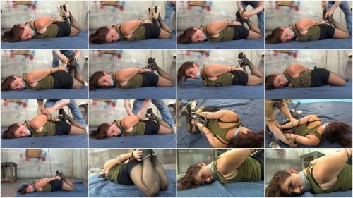 Sara tying